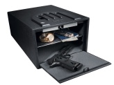 a small biometric pistol safe